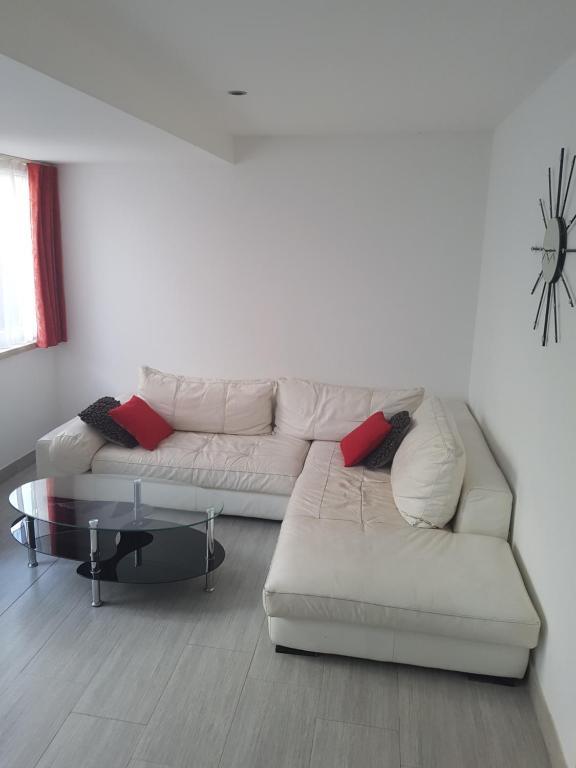 Zorić Apartments & Rooms