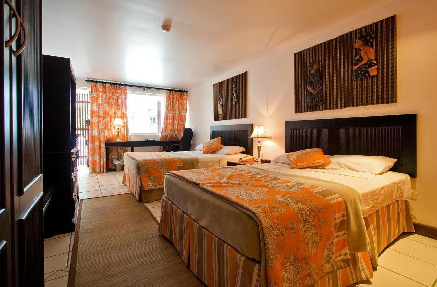 Superior Double Room Hotel Normandie Limited