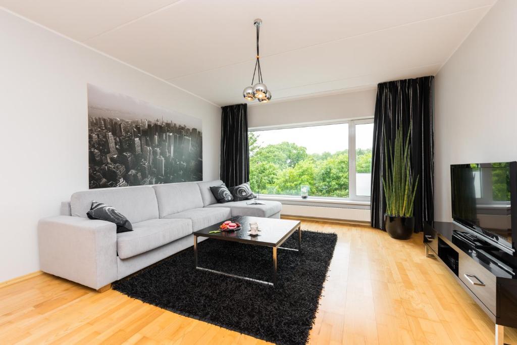 Kaarli Avenue Apartment