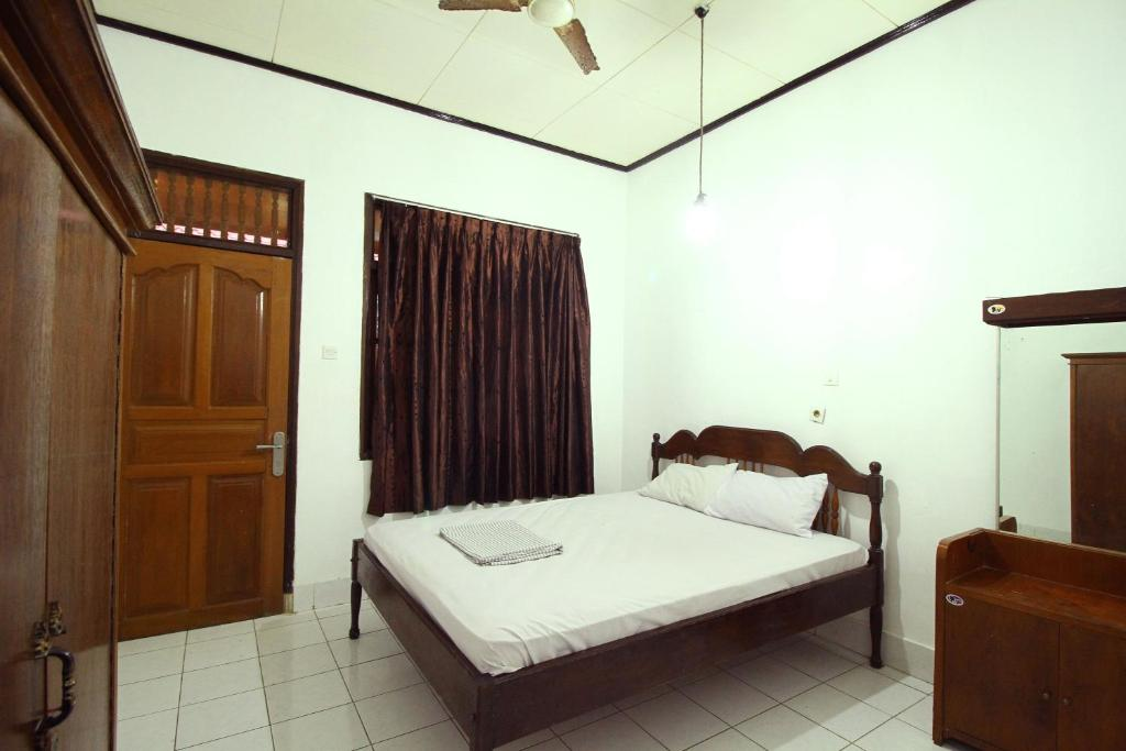 Standard Double or Twin Room Dua Dara Inn Kuta
