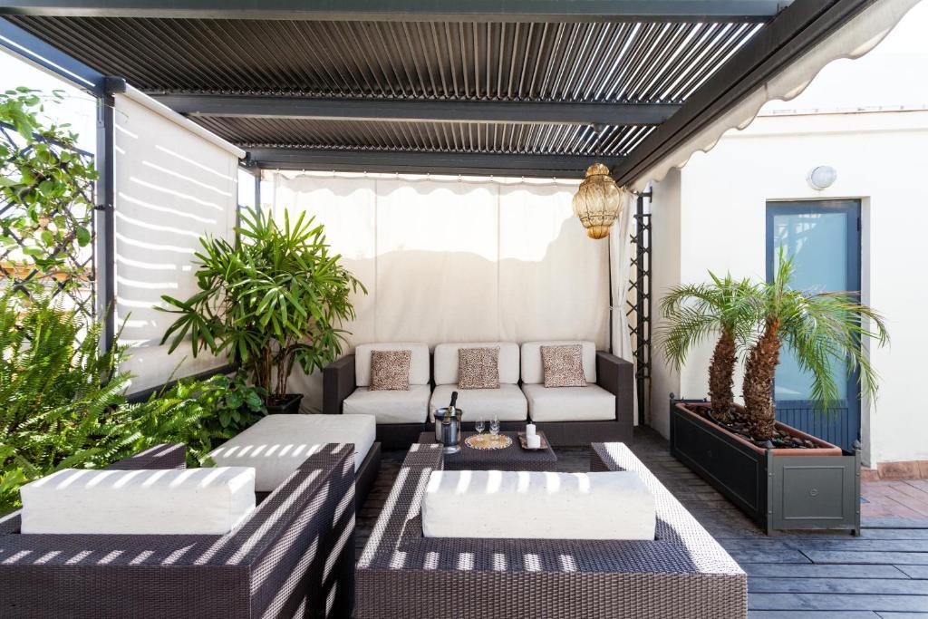 City Rooftop Paradise - Space Maison Apartments