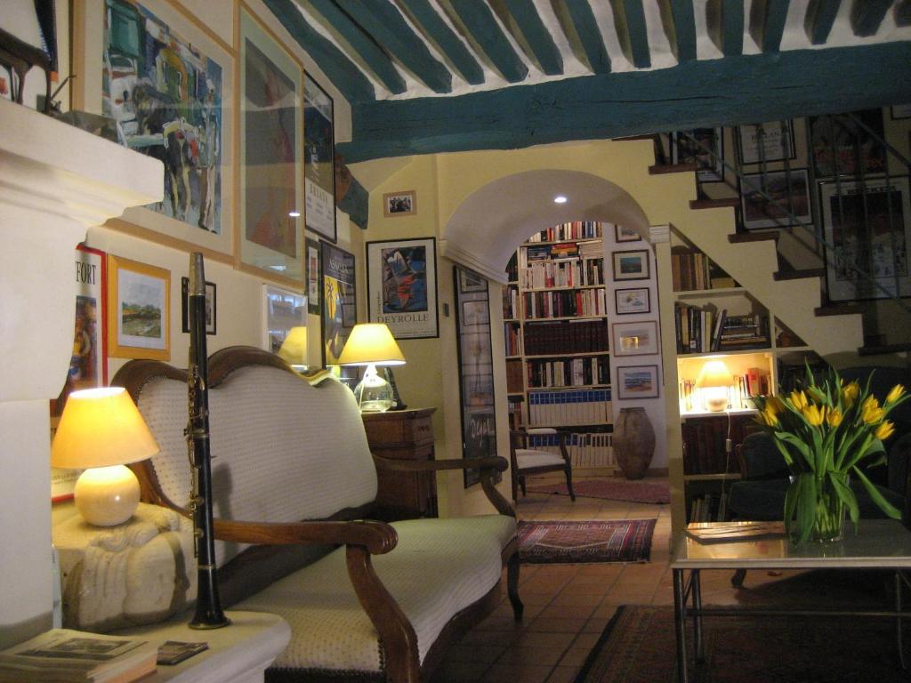 maison d 39 h tes de l 39 ev ch vaison la romaine prenotazione on line viamichelin. Black Bedroom Furniture Sets. Home Design Ideas