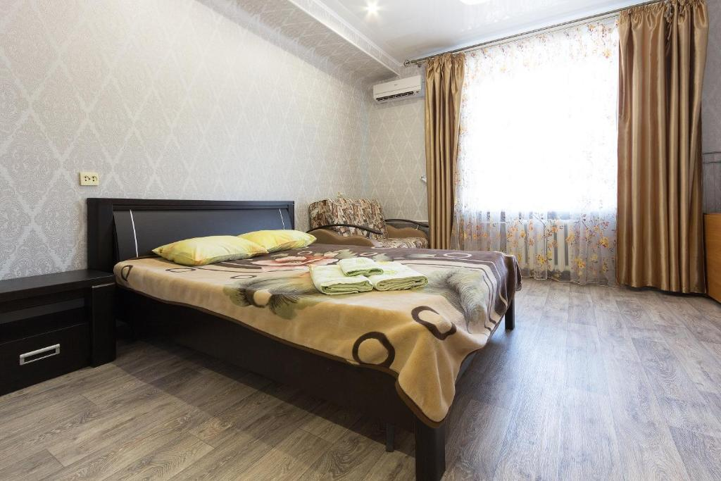 Apartment on Ploshchad Lenina 12/2