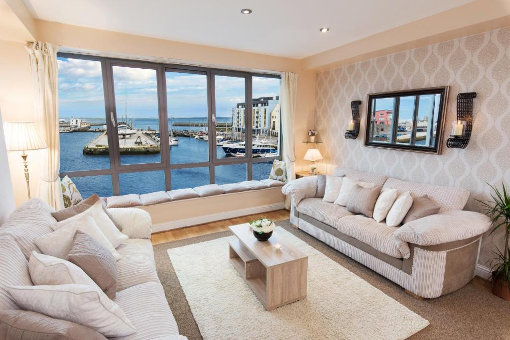 Sea View Luxury City Centre - Best Location