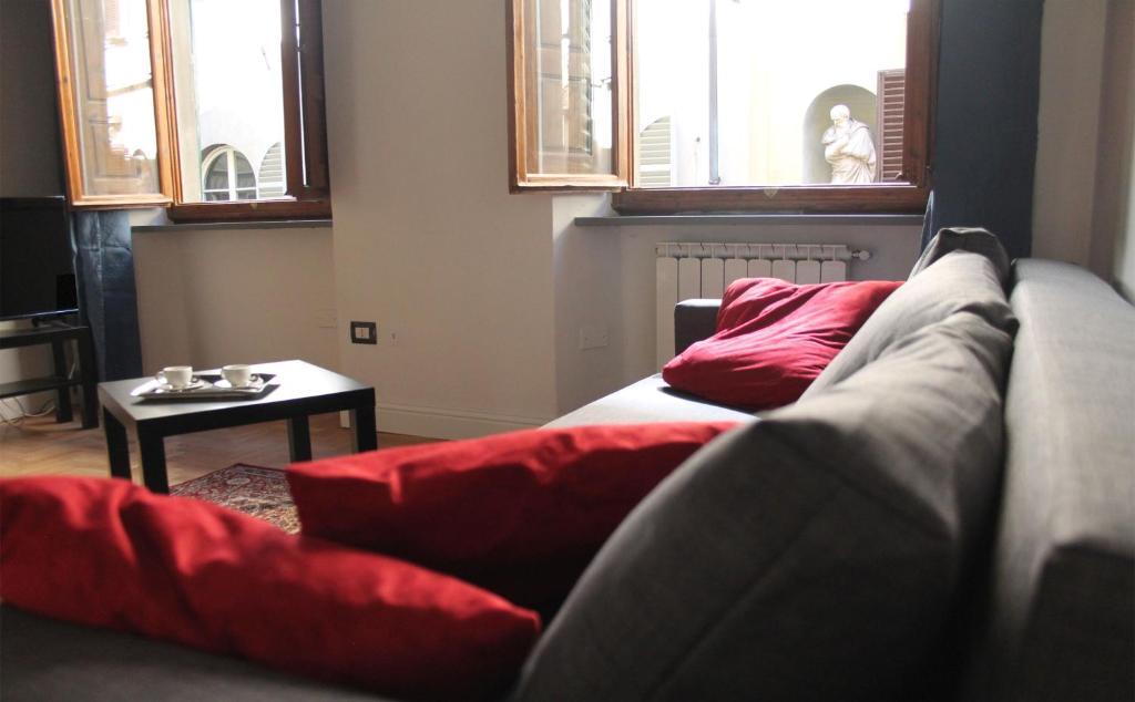 Duomo Classic Apartment