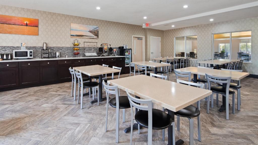 Best Restaurants In Grand Haven Mi