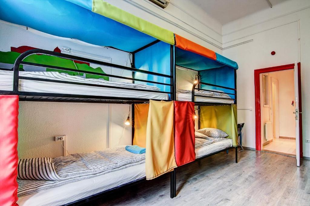 Pal's Mini Hostel
