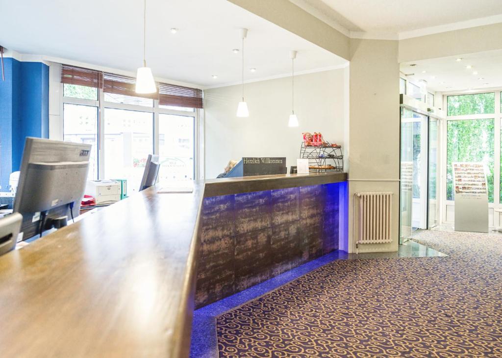 hotel domicil hamburg by golden tulip hamburg viamichelin informationen und online buchungen. Black Bedroom Furniture Sets. Home Design Ideas