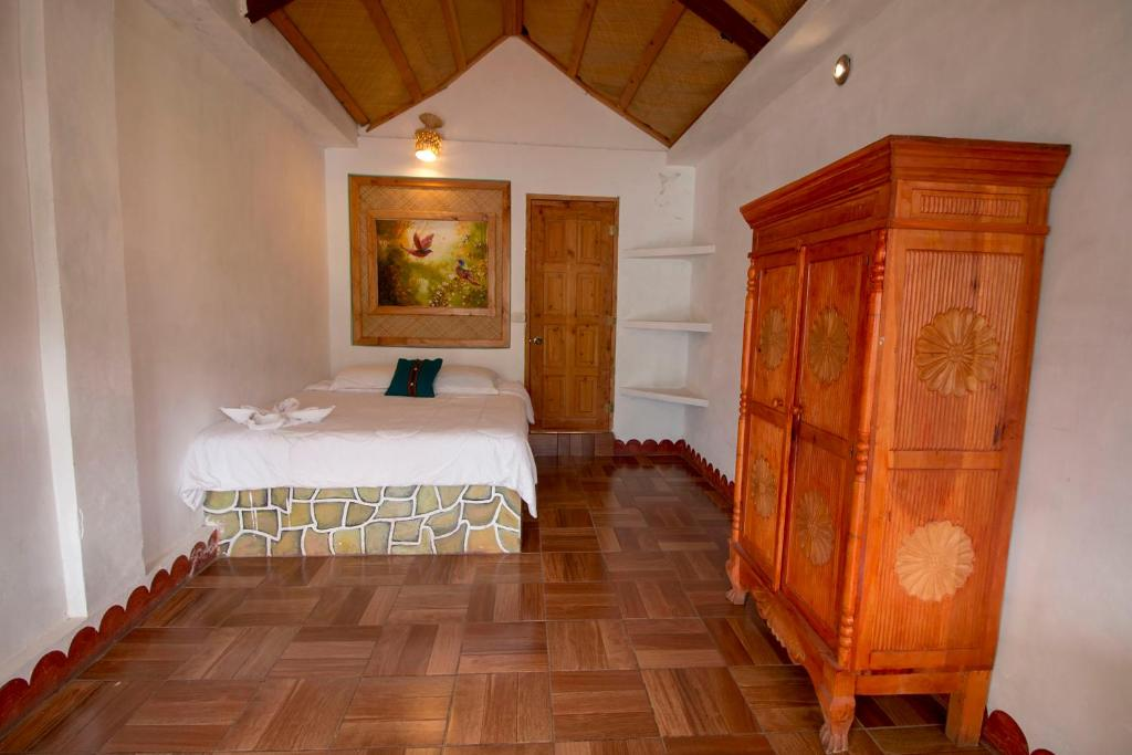 Double Room Eco Hotel Uxlabil Atitlan