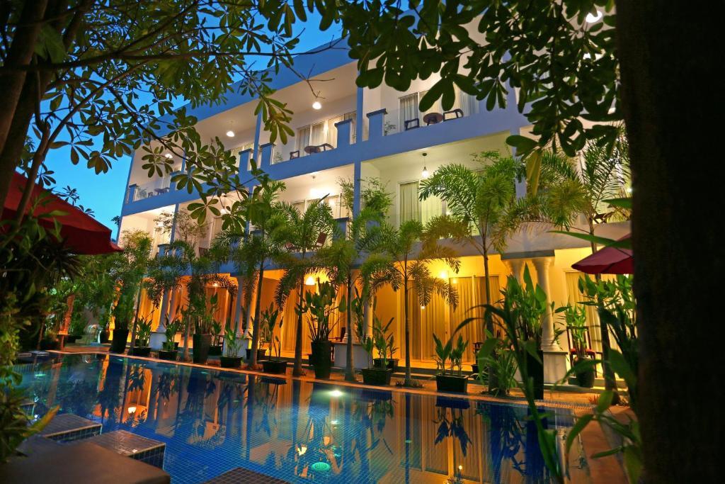 Golden Nice Building Siem Reap Hotel