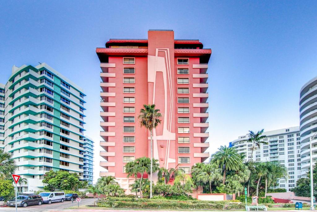 The Alexander: Miami Beach