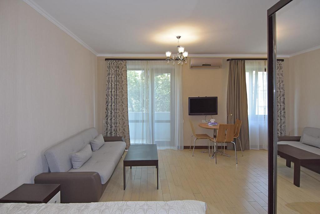 LUX apartment on Koghbaci