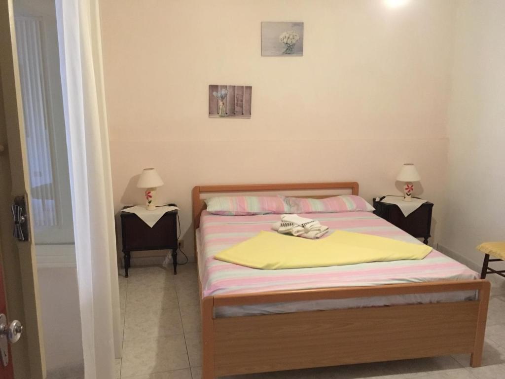 Anna Apartment image6