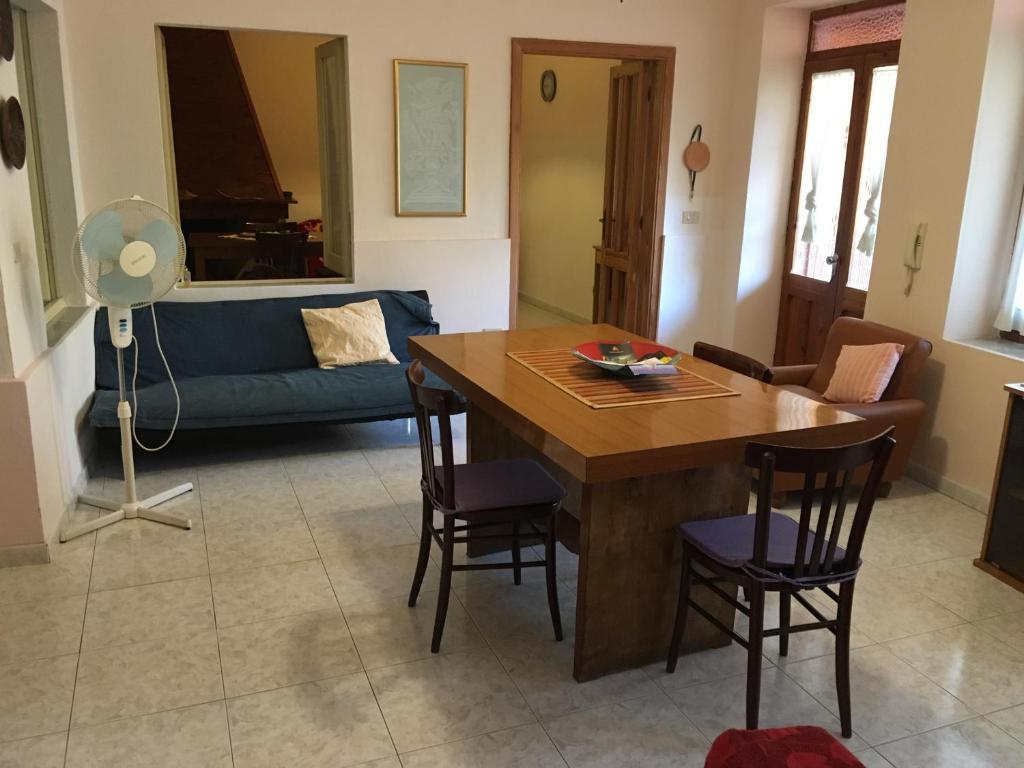 Anna Apartment image4
