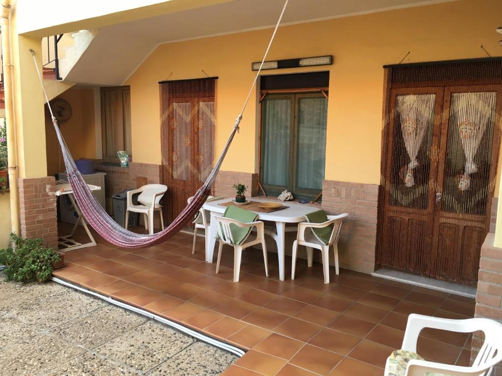Anna Apartment image3