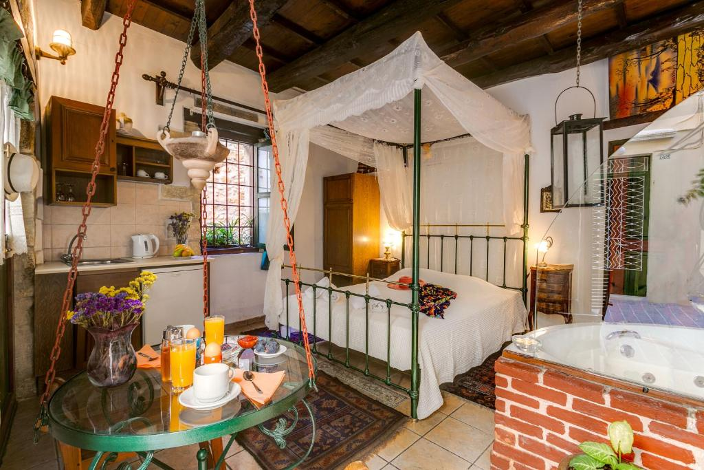 Double Room Ifigenia Traditional Rooms & Maisonettes