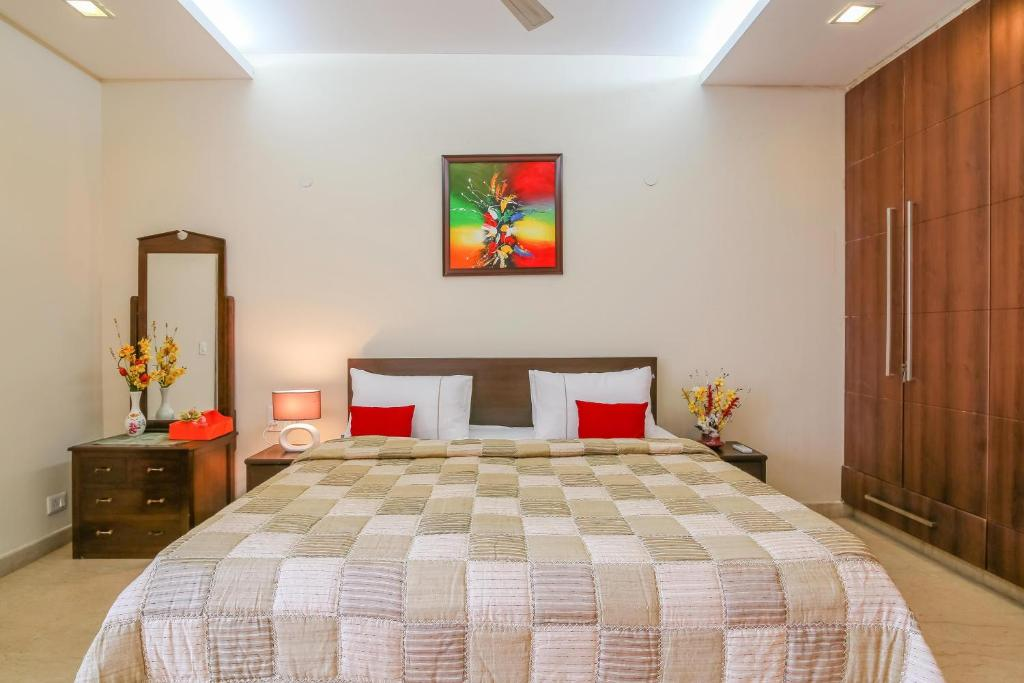 Hostie Sarvada-Convenient Living in South Delhi