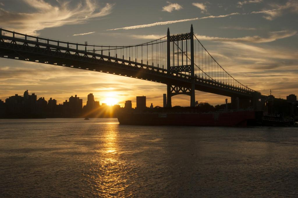 Th St Long Island City Ny  Usa