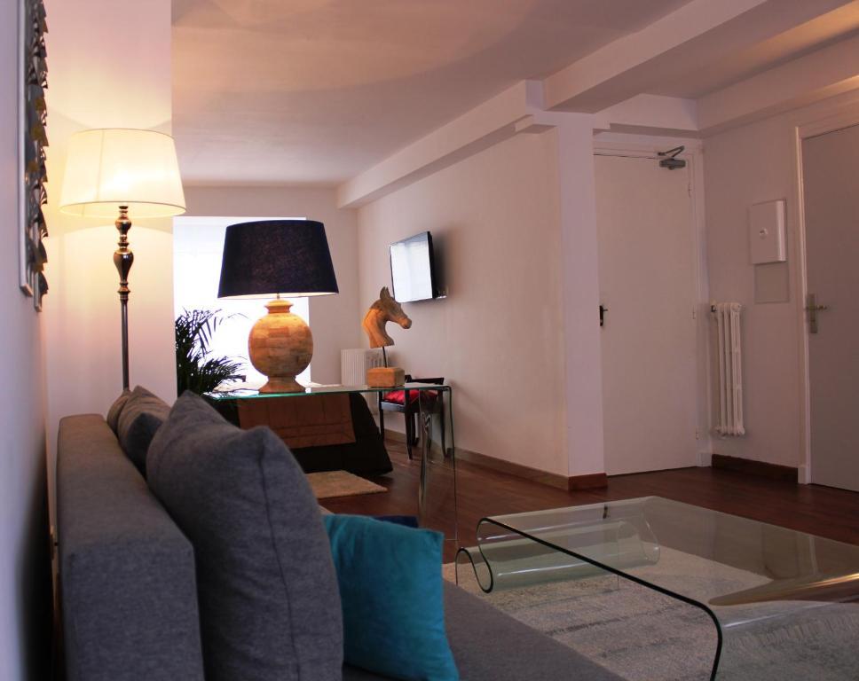 r sidence et chambres d 39 h tes de la porte d 39 arras douai online booking viamichelin. Black Bedroom Furniture Sets. Home Design Ideas