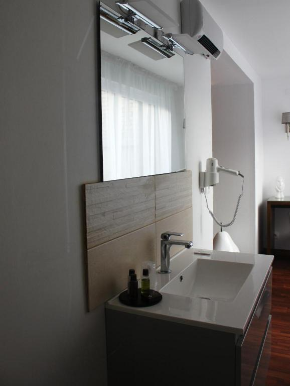 r sidence et chambres d 39 h tes de la porte d 39 arras douai reserve o seu hotel com viamichelin. Black Bedroom Furniture Sets. Home Design Ideas