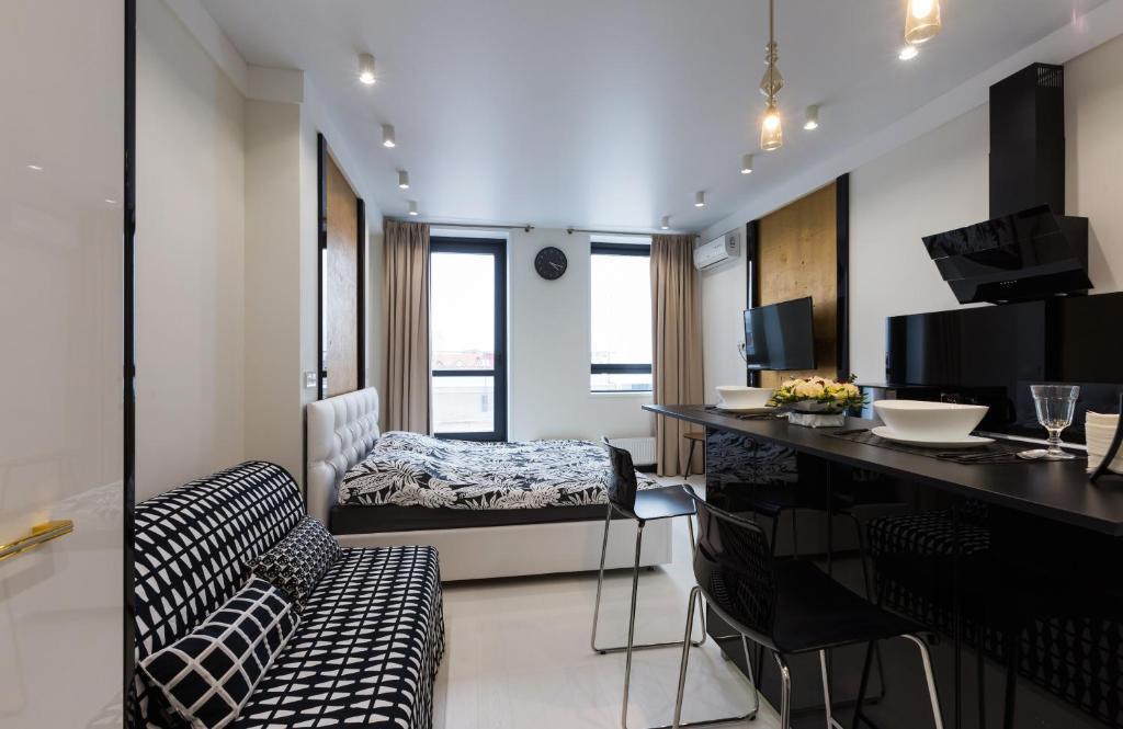 Апартаменты Азбука на Верхнеторговая 4 с террасой