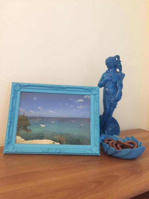 "Paradise Gardens ""Blue Lagoon"""