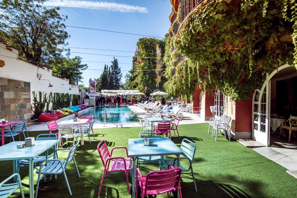 Los angeles hotel spa granada online booking viamichelin - Hotel los angeles granada ...
