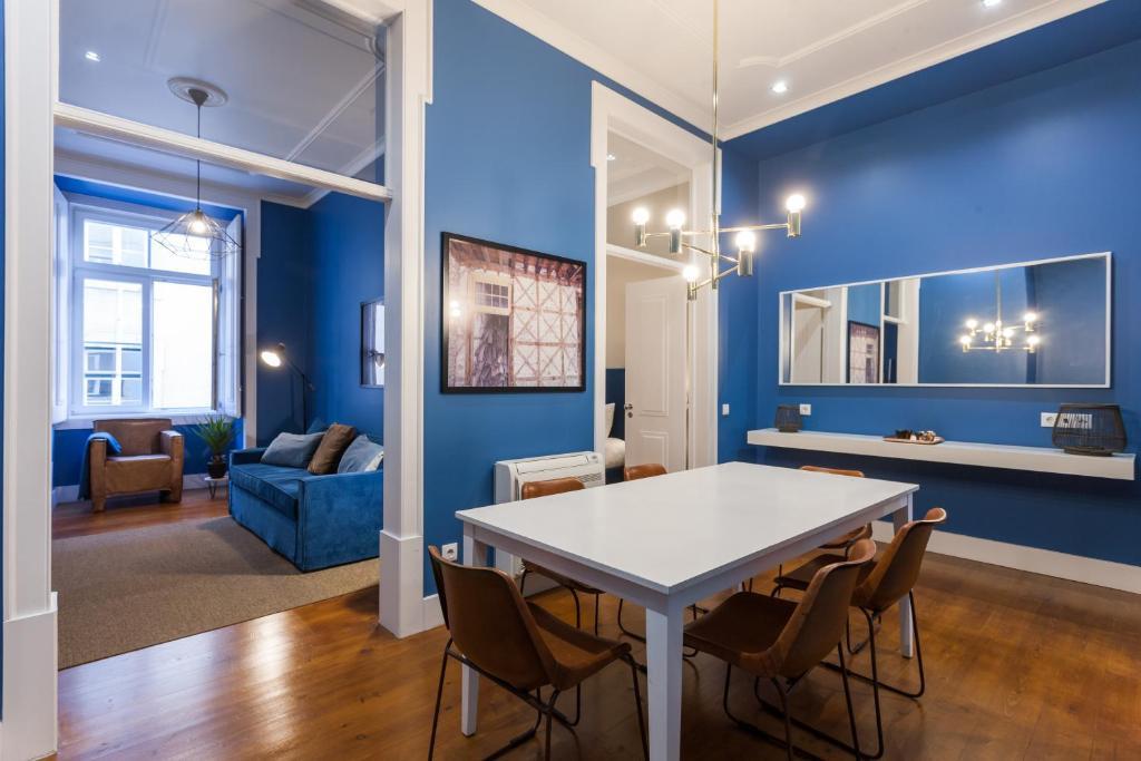 Baixa Vintage Three-Bedroom Apartment - by LU Holidays