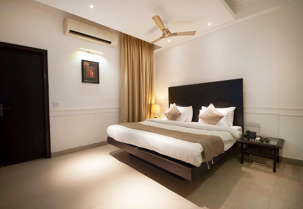 Airport Hotel De Aura Delhi Airport
