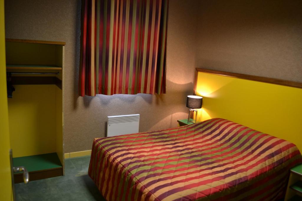hotel siatel chateaufarine besan on informationen und buchungen online viamichelin. Black Bedroom Furniture Sets. Home Design Ideas