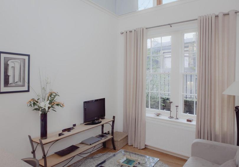 The Studio Apartment - The Edinburgh Address