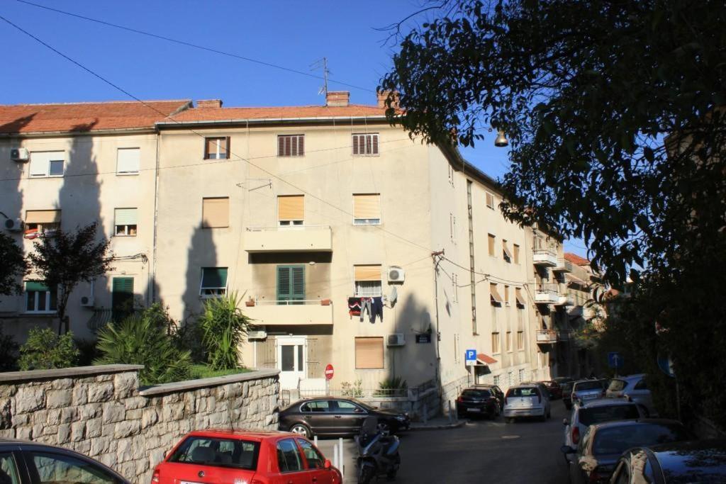 Apartments with WiFi Split - 7586