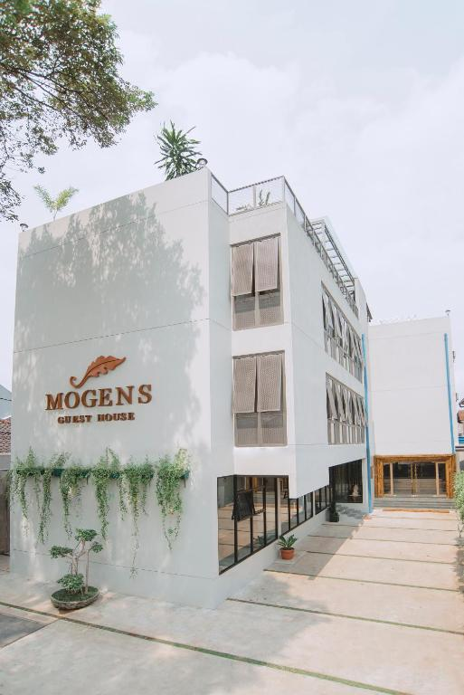 Mogens Guesthouse