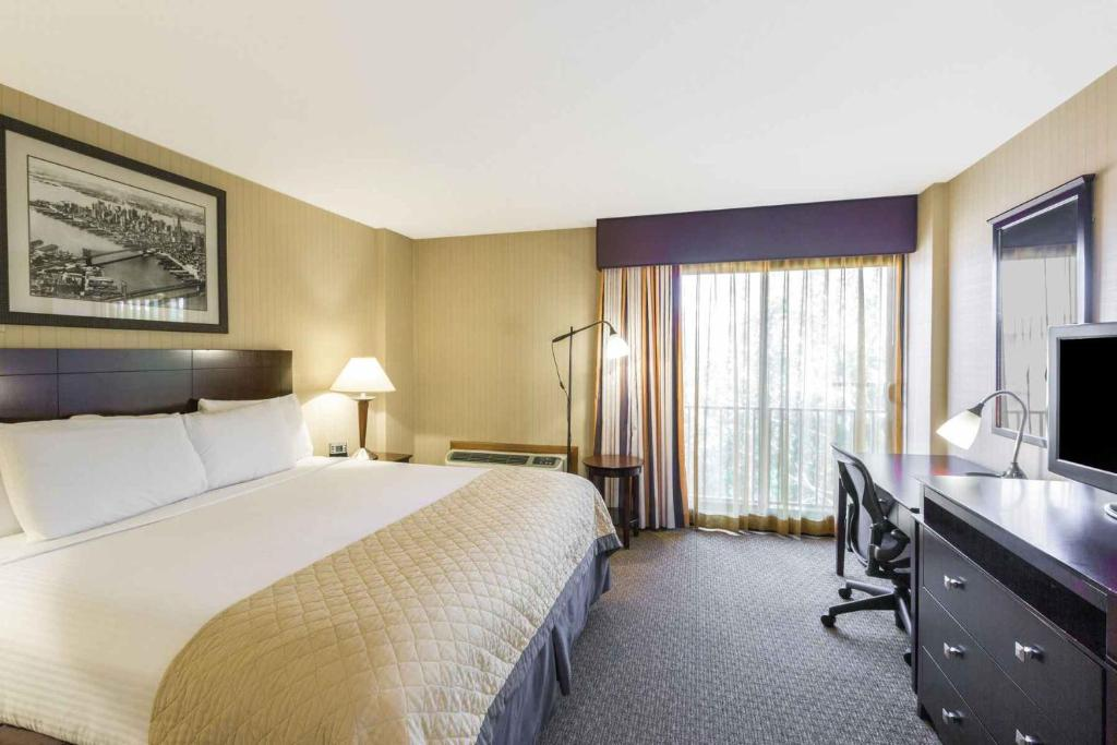 Wyndham garden hotel newark airport in newark new jersey - Wyndham garden newark airport newark nj ...