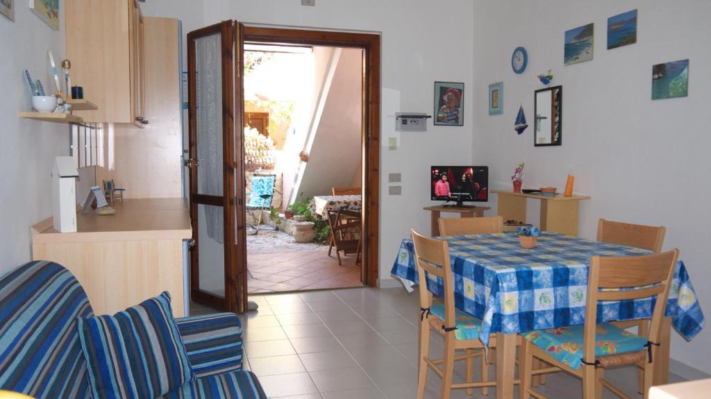 Appartamenti simius villasimius viamichelin for Villasimius appartamenti