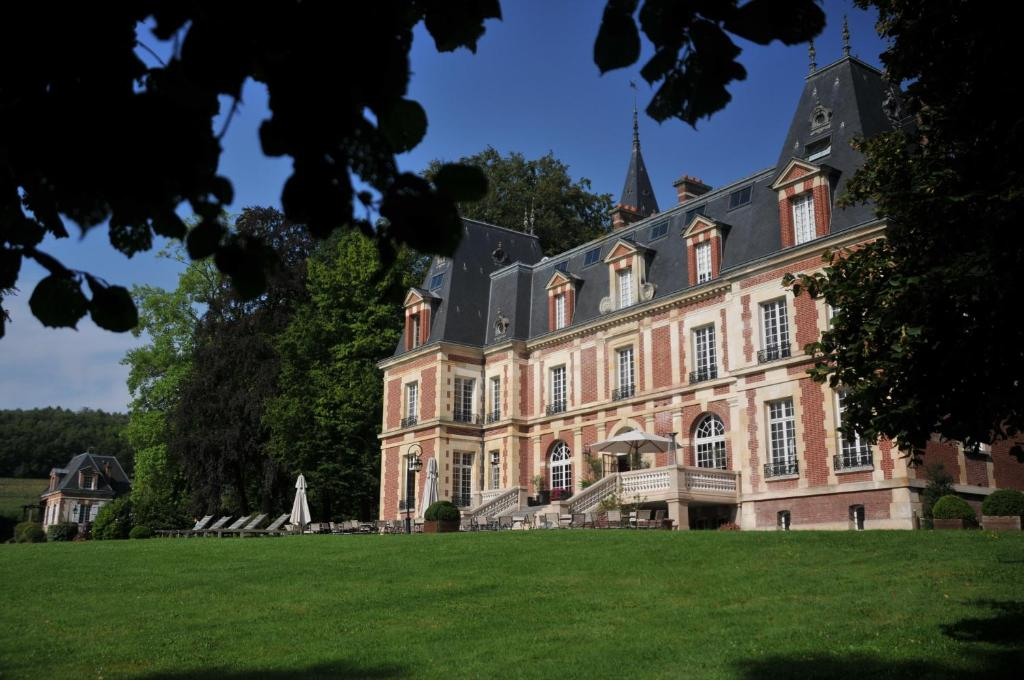 chateau hotel de belmesnil saint jacques sur darn tal viamichelin informatie en online. Black Bedroom Furniture Sets. Home Design Ideas