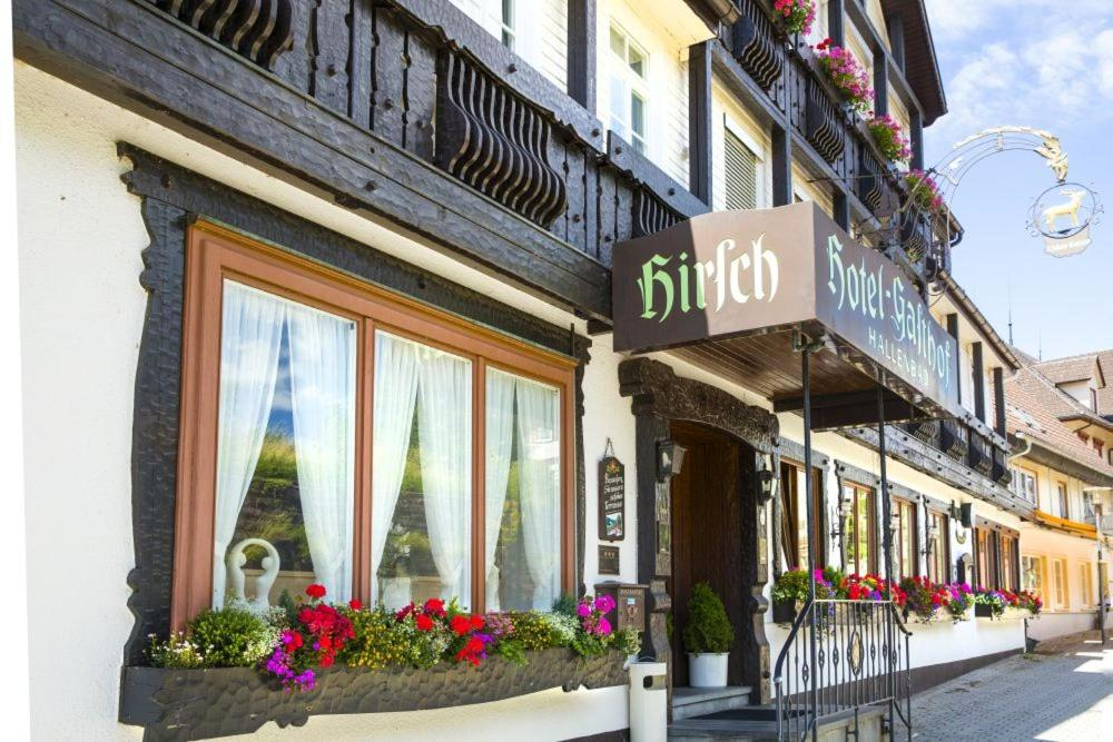 hotel hirsch baiersbronn prenotazione on line viamichelin. Black Bedroom Furniture Sets. Home Design Ideas