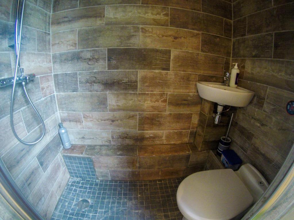 maison du rocher de fontainebleau r servation gratuite sur viamichelin. Black Bedroom Furniture Sets. Home Design Ideas