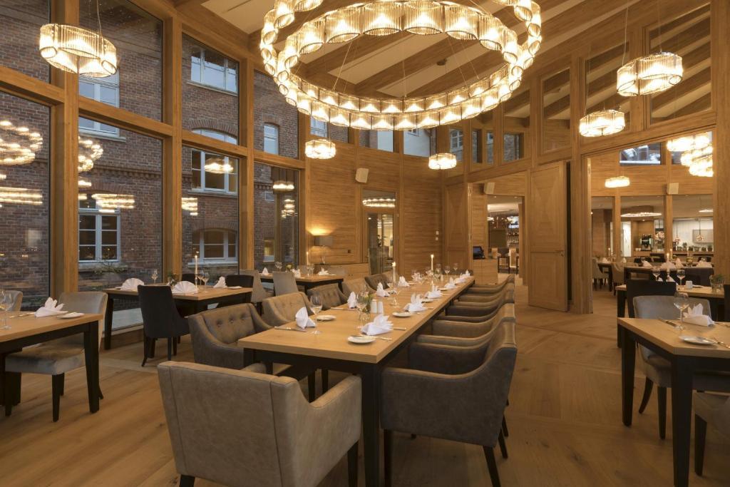 Hotel brunnenhaus schloss landau bad arolsen reserve o for Design 8 hotel soest