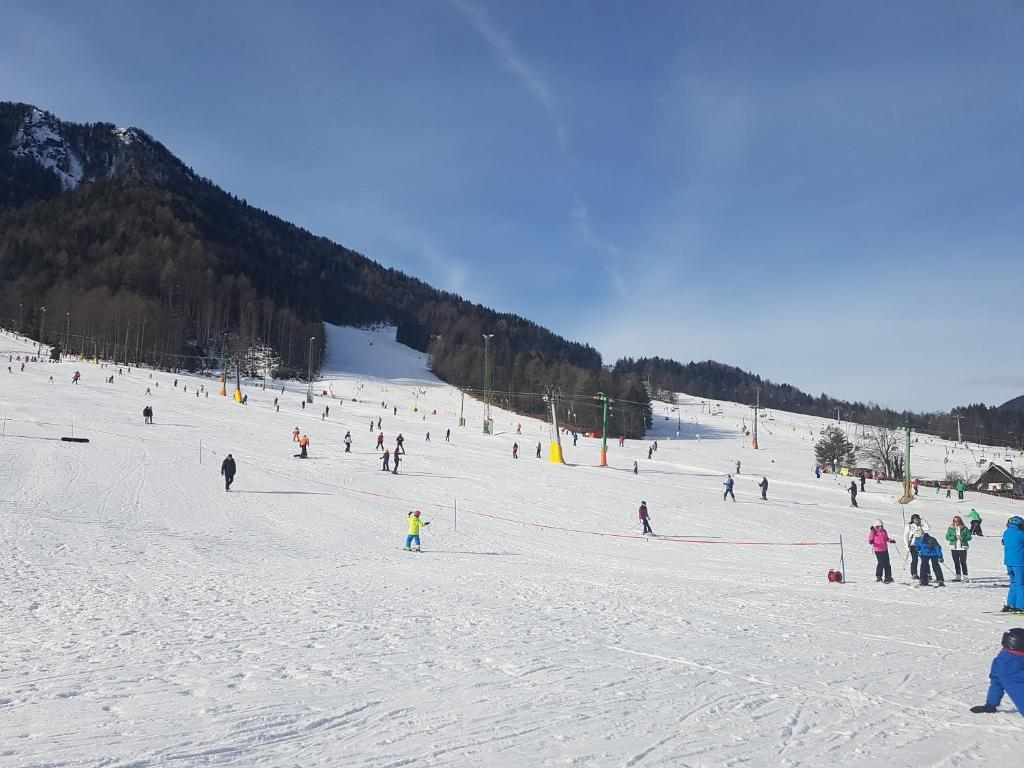 chalet by ski slopes - arnoldstein - book your hotel with viamichelin