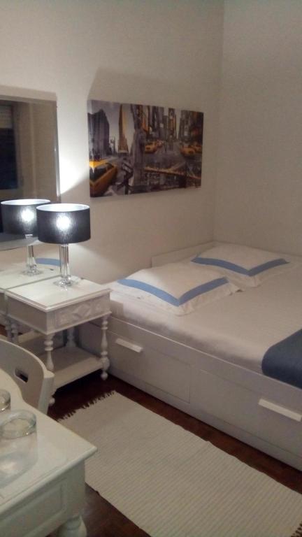 Miguel Torga Room, 3030-165 Coimbra
