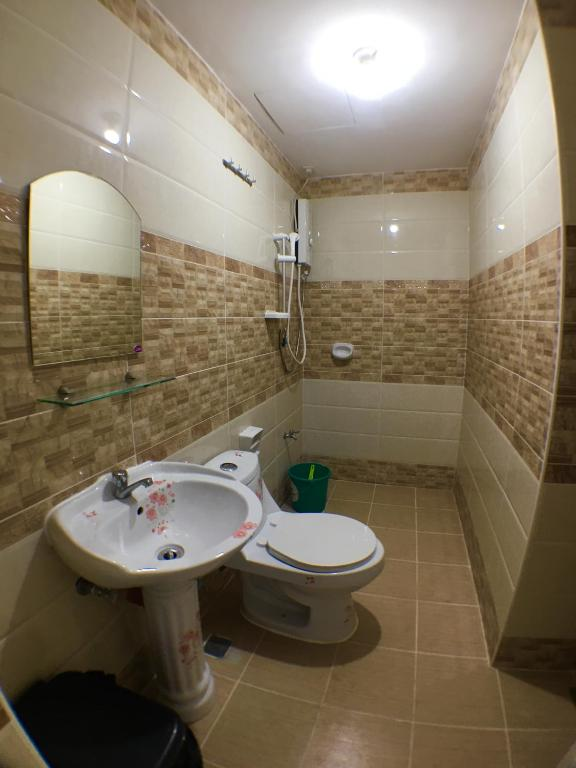 Central Apts by Rosie 2 - Baguio City - book your hotel with ViaMichelin