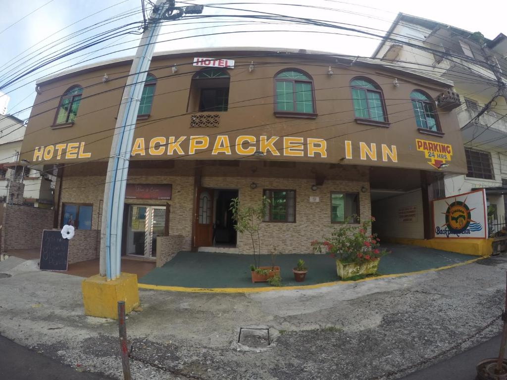 Backpacker Inn