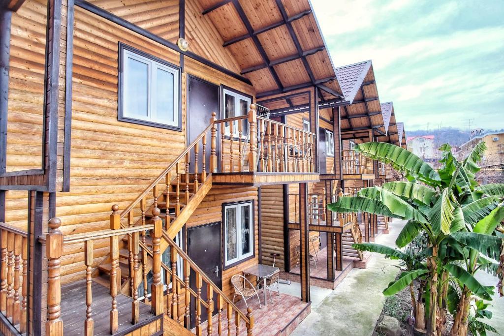 Madlen Cottages