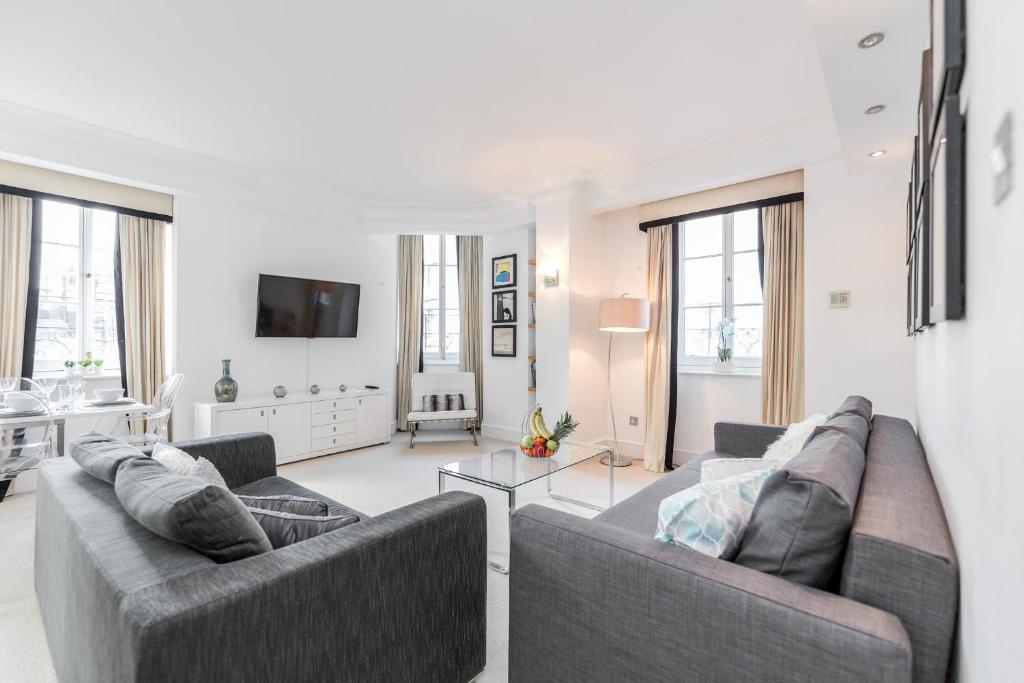 Outstanding Trafalgar Penthouse, sleeps 8