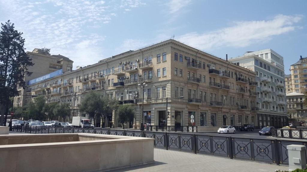 Boulevard Apartment