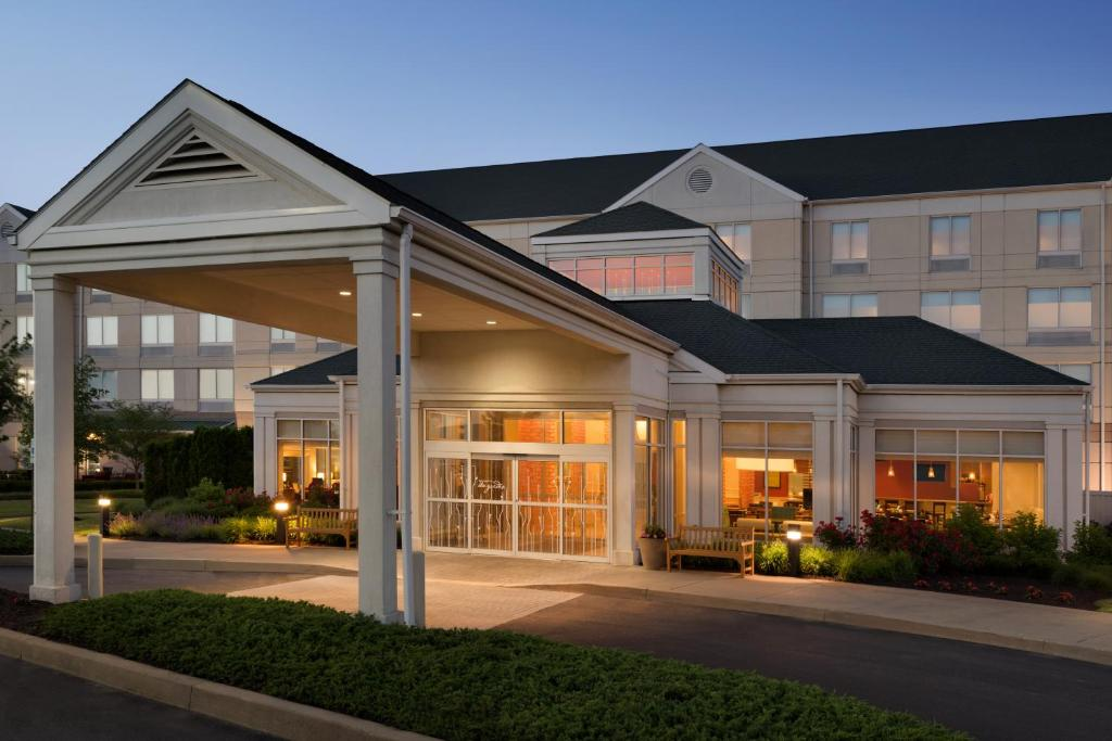 Hilton Garden Inn Wilkes Barre Wilkes Barre Book Your Hotel With Viamichelin