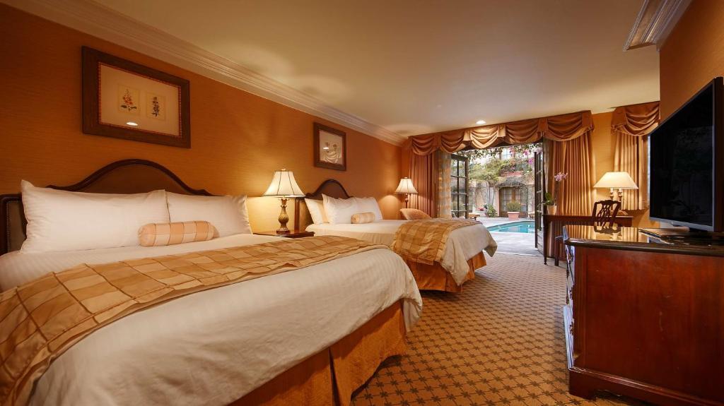 Best Western Plus Sunset Plaza Hotel Photo #14