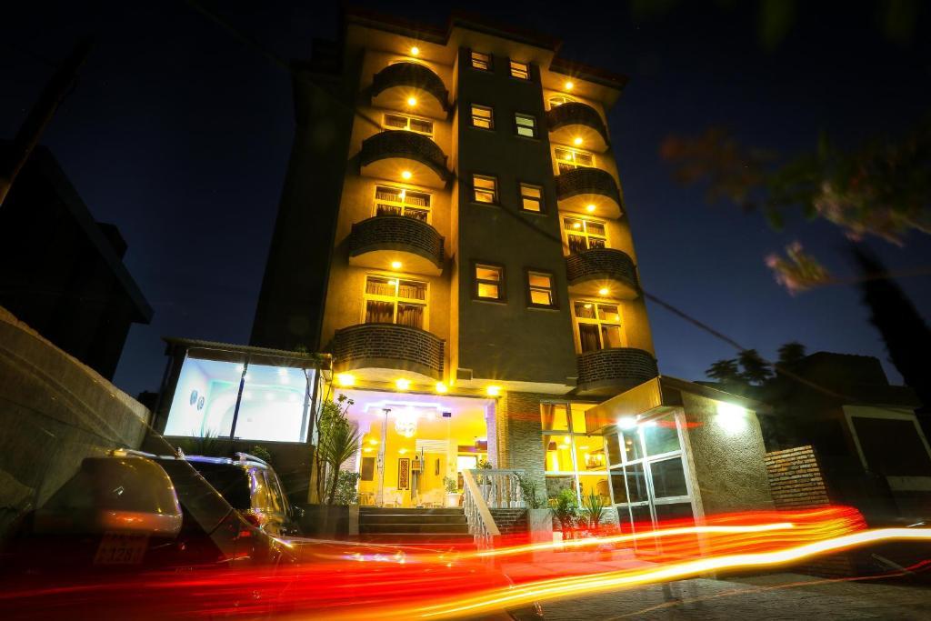 White House Addis Hotel