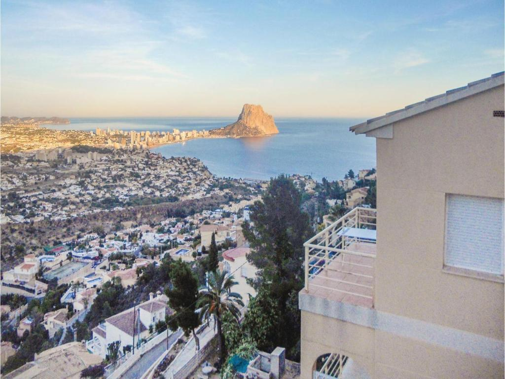 Alle 24 ansehen Four-Bedroom Holiday Home in Calpe